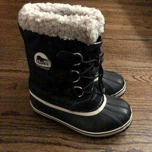Youth Sorel boots
